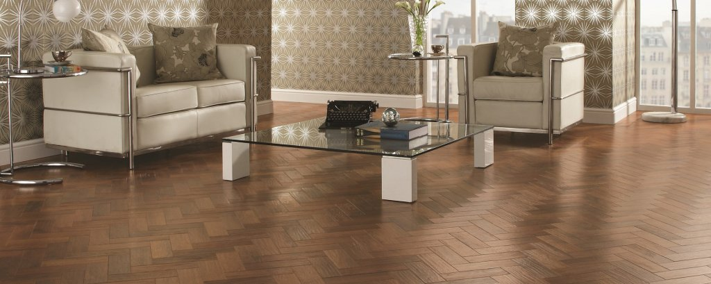 kitchen-flooring-herringbone-parquet 1920x767